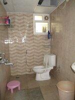 15S9U00691: Bathroom 2