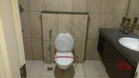 15F2U00260: Bathroom 1