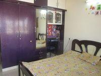 13M5U00632: Bedroom 1