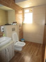 14M3U00154: Bathroom 1