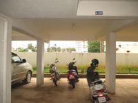10J7U00267: Parking