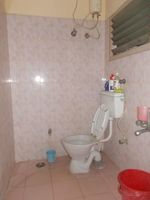 12NBU00253: Bathroom 2
