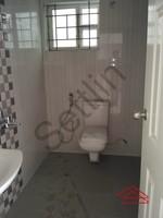 11F2U00150: Bathroom 2