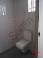 11F2U00150: Bathroom 1