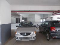 12NBU00281: parking