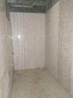 13J6U00501: Bathroom 2