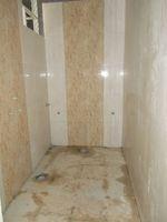 13J6U00501: Bathroom 1