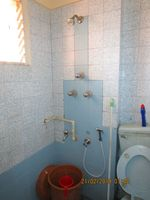 13F2U00384: Bathroom 1
