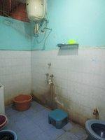 14J6U00215: bathrooms 1