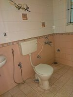 15J1U00159: Bathroom 1