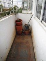 15F2U00211: Balcony 1