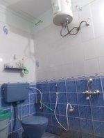 13A8U00421: Bathroom 2