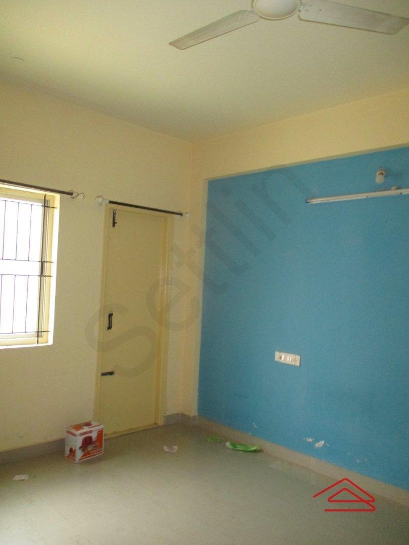 15A4U00098: Bedroom 1