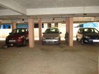 10J7U00319: parking