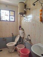 15M3U00321: Bathroom 2