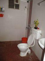 10M3U00944: Bathroom 2