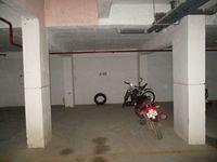 10M3U00944: parking 1
