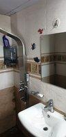 15S9U00398: Bathroom 1