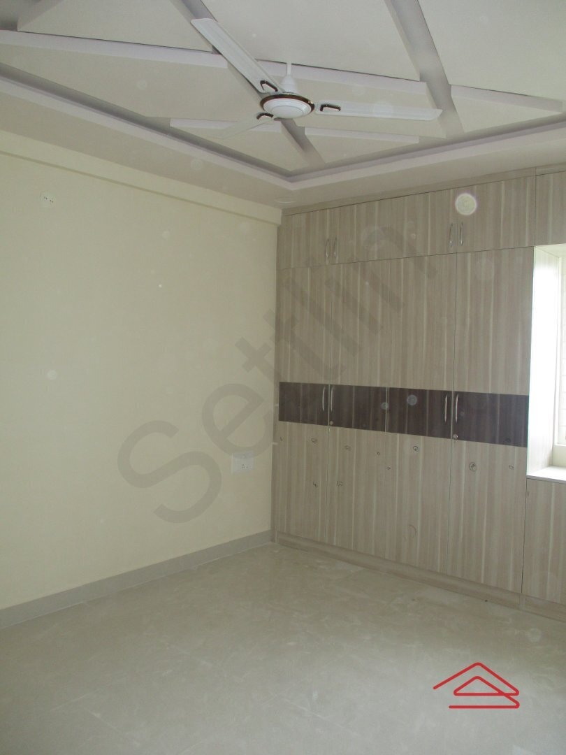 14OAU00227: Bedroom 1