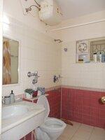14DCU00370: Bathroom 4