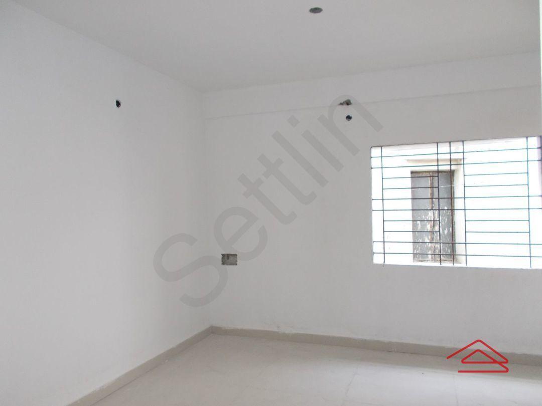 12DCU00121: Bedroom 1