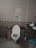11NBU00144: Bathroom 2