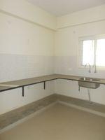 13J6U00384: Kitchen 1