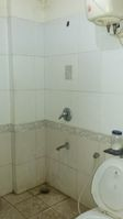 11S9U00194: Bathroom 2