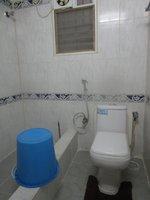 14J7U00017: Bathroom 2