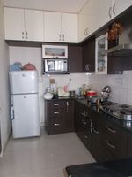 12M5U00015: Kitchen 1
