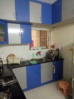 11NBU00327: Kitchen 1