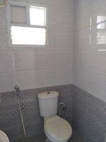 12J7U00373: Bathroom 1