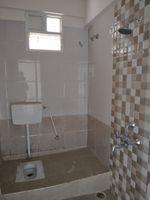 12J7U00373: Bathroom 2