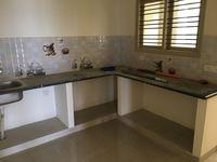 12J7U00373: Kitchen 1
