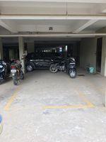 12J7U00373: parking 1