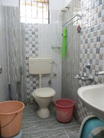 12J6U00502: Bathroom 3