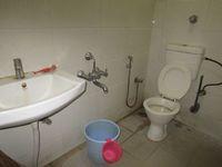 12OAU00155: Bathroom 1