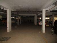 10J7U00155: parking 1