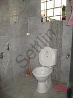 10NBU00480: Bathroom 1