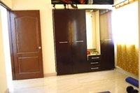 14F2U00379: bedroom 1