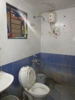 13NBU00119: Bathroom 2