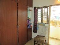 13J7U00440: Bedroom 2