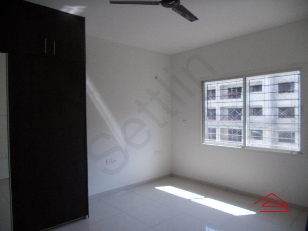 15J1U00493: Bedroom 1