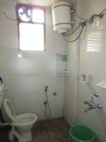 13J6U00482: Bathroom 1