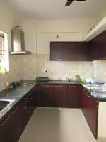 13J6U00482: Kitchen 1