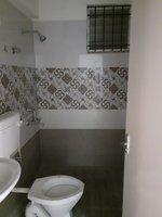 13DCU00136: Bathroom 1