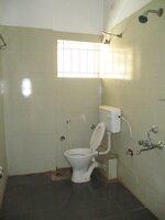 15S9U00927: Bathroom 2