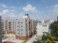 12A8U00195: Balcony 1