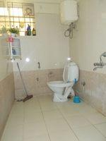12A8U00195: Bathroom 2