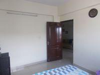 12A8U00195: Bedroom 2